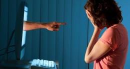 Çocuğunuzun Siber Zorbalığa Maruz Kaldığını Gösteren 6 İşaret
