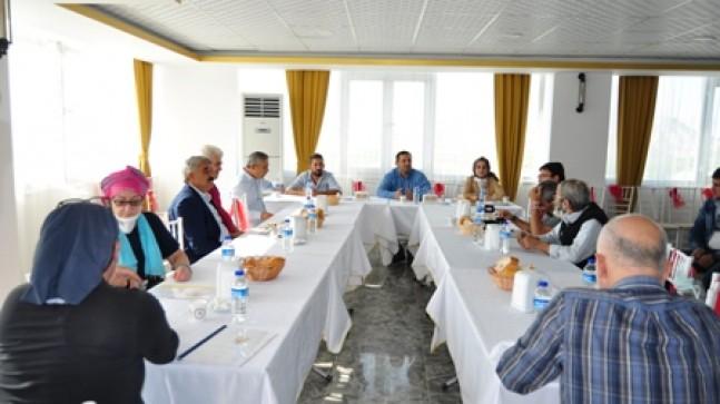 "Ak Parti Mut İlçe Başkanı Soner Solak, ""Hedef 2023″"