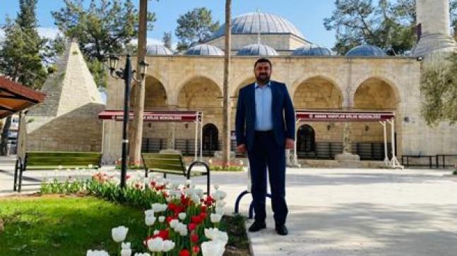 Mut Belediyesinden Laal Paşa Camii'nde Peyzaj Düzenlemesi