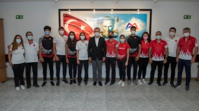 Rekortmen Milli Sporculardan  Başkan Seçer'e 19 Mayıs Ziyareti