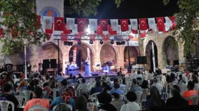 Taşhan'da Klasik Müzik Ezgileri