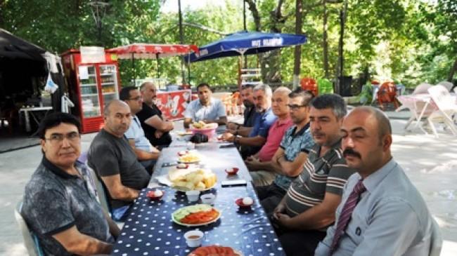 Ülkü Ocakları'ndan Basın Bayramı Kutlaması