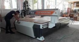 Mesleki Teknik Lise'ye CNC Makinesi
